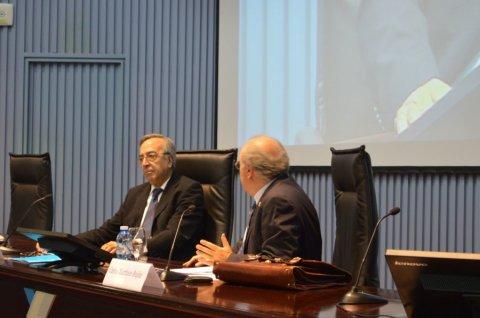 Delitos de malversación e de fraudes á Administración  - Curso monográfico sobre ética pública e medios para previr a corrupción